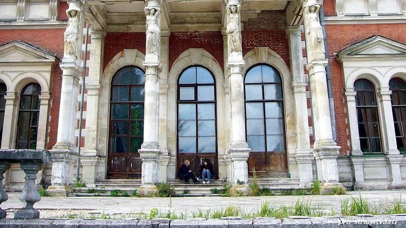 В главном доме усадьбы Быково живут пациенты санатория