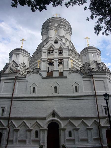 Храм возле Голосова оврага