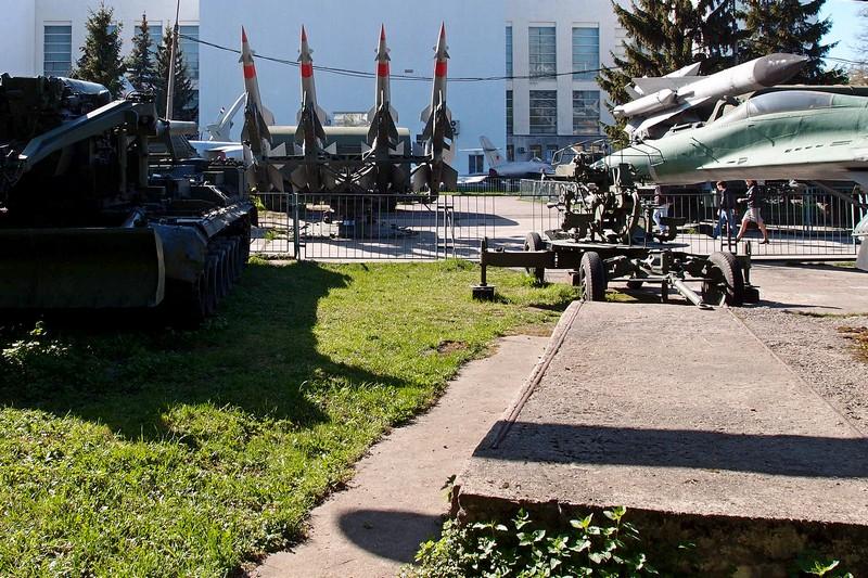 Экспонаты Музея Вооруженных сил