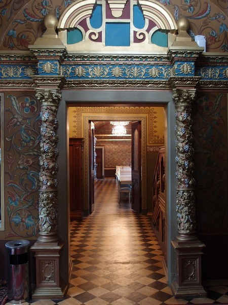 Дворцовые коридоры