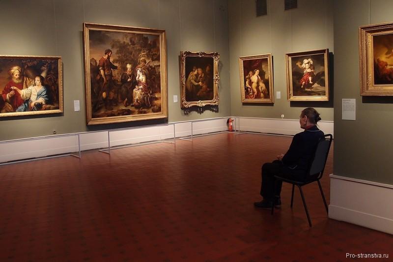 Зал Рембрандта и художников его школы