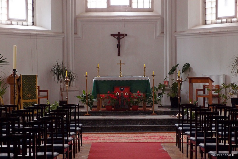 Внутри церкви Святого Андрея