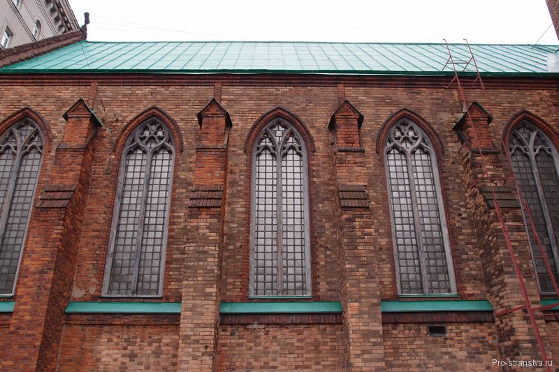 Окна в готическом стиле