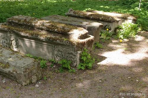 Камни в Коломенском