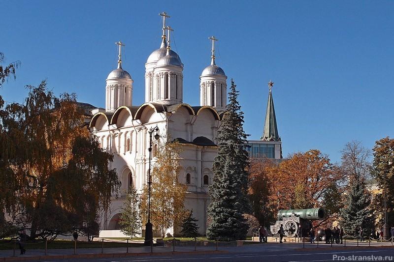 Церковь Двенадцати апостолов
