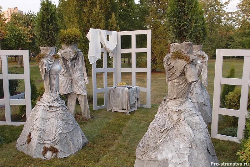 Платья из бетона